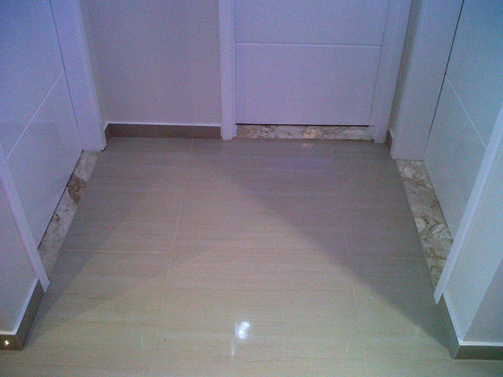 Olhem ai como esta minha sala  #496982 1600x1200 Banheiro Com Pia Bege Bahia