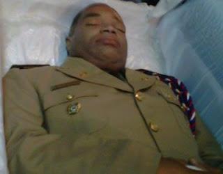 Restos asistente jefe DNCD están siendo velados bajo estricta vigilancia en funeraria Blandino