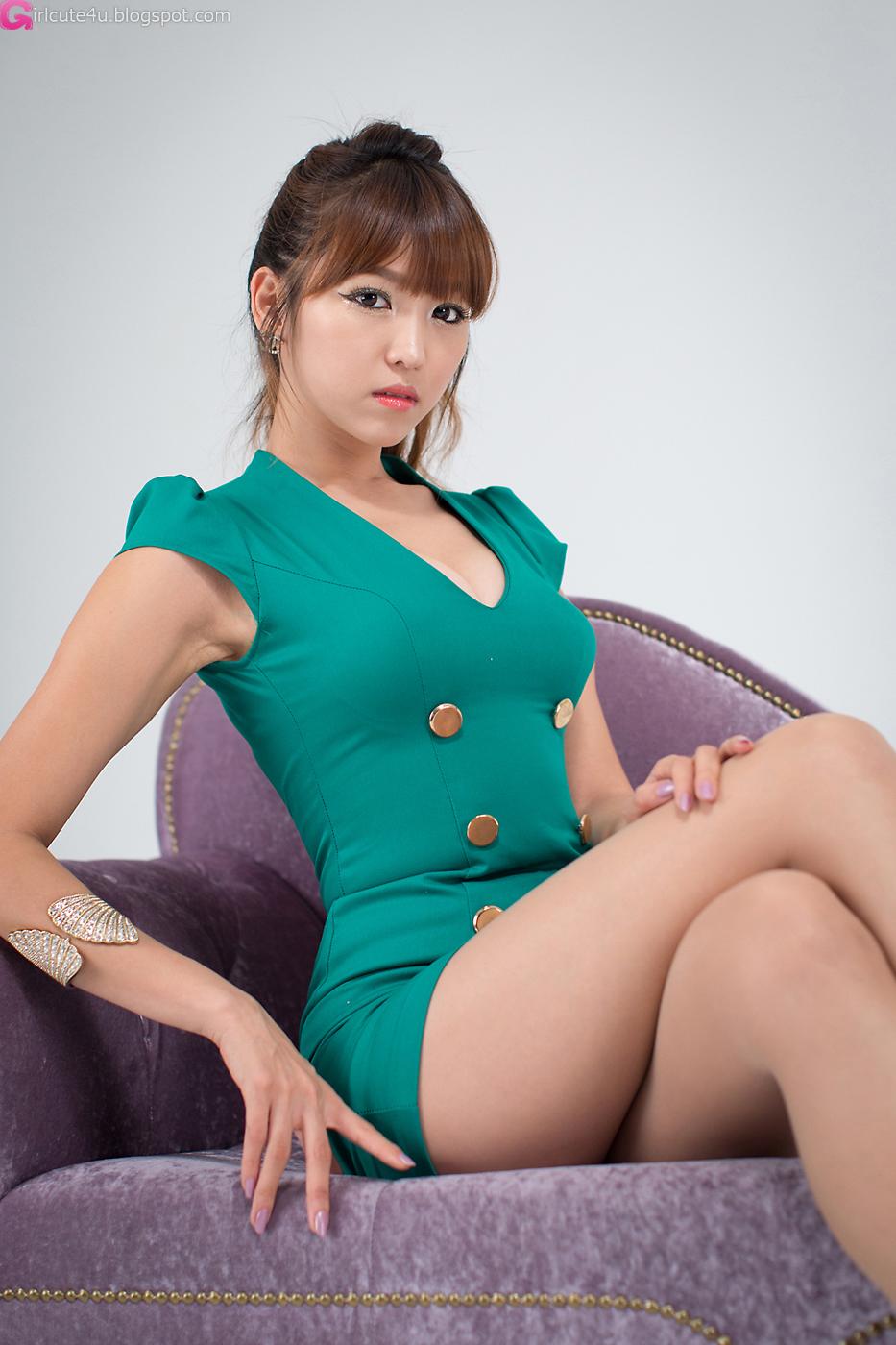 Sexy Lee Eun Hye in green mini dress, almost perfect! Enjoy ^^~: http://girlcute4us.blogspot.com/2012/08/sexy-office-lady-lee-eun-hye.html