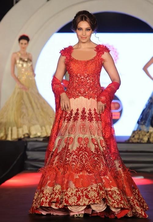 Bipasha Ramp Walk For Marigold Watches Fashion Show