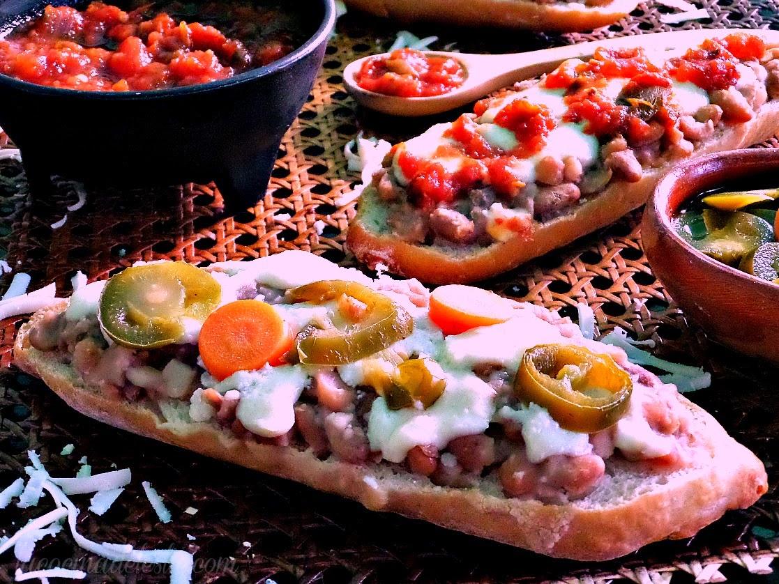 Mexican Bean Molletes - lacocinadeleslie.com