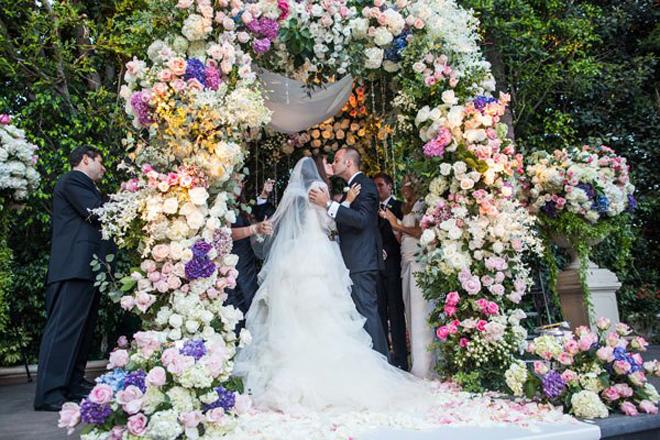 Styled The Aisle Wedding Ceremony Ideas The Wedding Blog