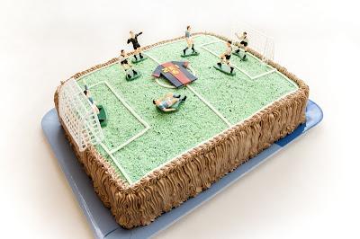 Torta nogometno igrišče in dres Barcelone