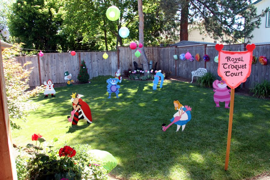alice in wonderland themed party ideas