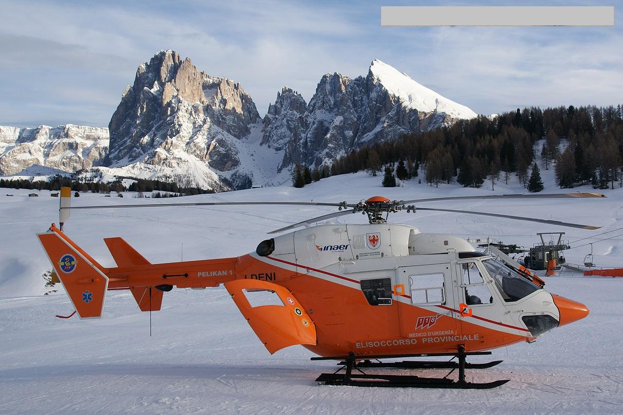 http://4.bp.blogspot.com/-dMuUzJVIwrM/ThFcLfrXt5I/AAAAAAAAIW8/edXcnCX1LK4/s1600/Z9EC%2BHelicopter%2BWallpapers%2B%25285%2529.jpg