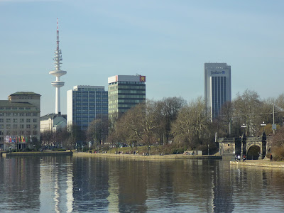Binnenalster with TV Tower (Fernsehturm), Hamburg, northern Germany