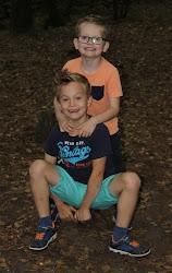 Onze  kleinkinderen Sam en Max zijn al echte knutselaars!
