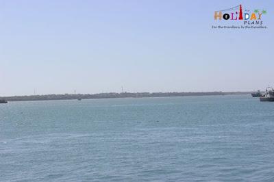 Beyt Island in distance
