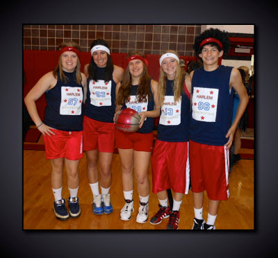 Group Costume: Globetrotters