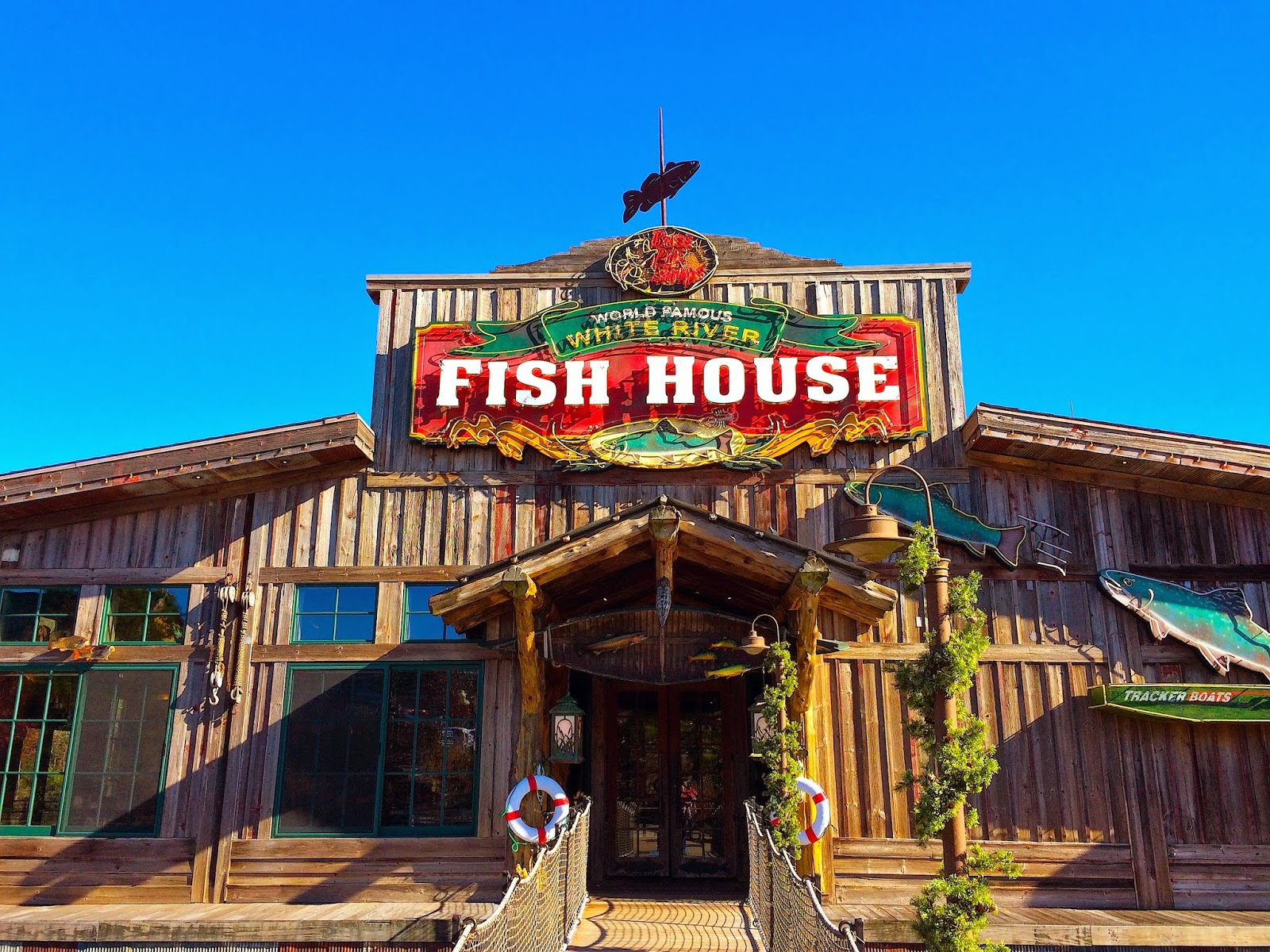 Livin the good life white river fish house for Lodge fish house