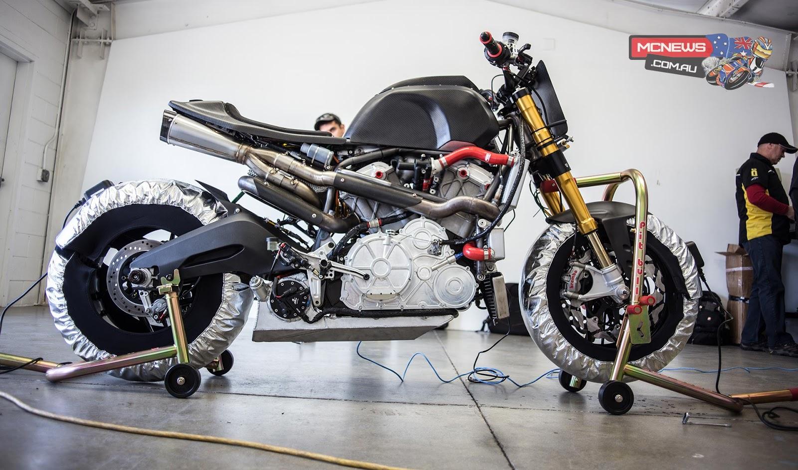blog of the biker indian scout race motor for victory. Black Bedroom Furniture Sets. Home Design Ideas