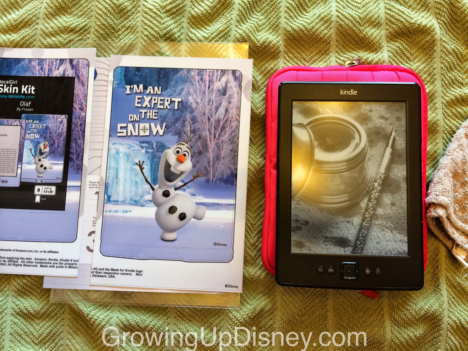 Olaf skin for mobile devices, DecalGirl, Disney skins