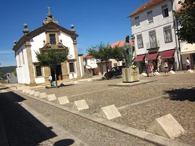 Bom Jesus square in Valença do Minho