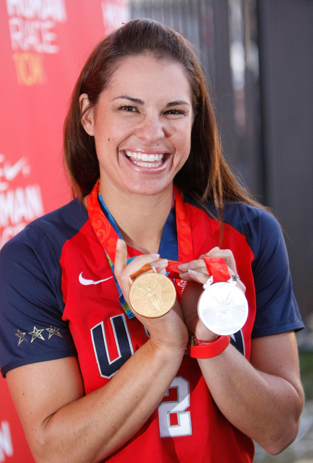 how tall is jessica mendoza