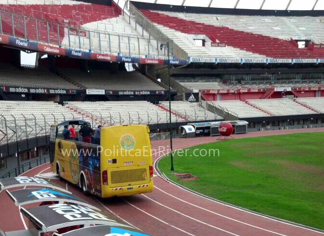 Bus Turístico, River, River Plate, Vuelta Olímpica, 35, Campeonato, Macri, D'Onofrio, Santilli, De Andreis,