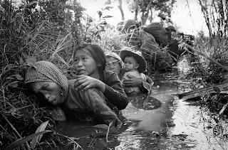 foto perang vietnam