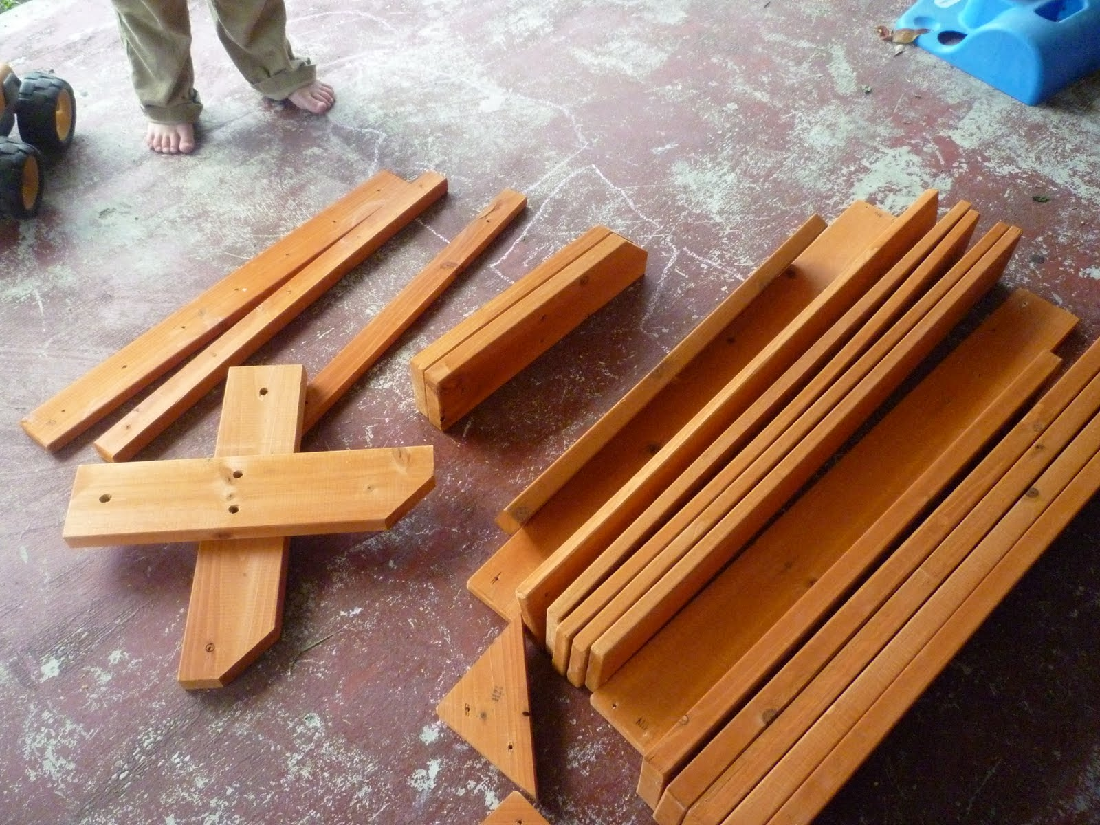 Wooden Manger Plans