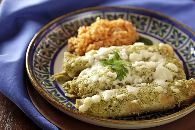 enchiladas suizas with mexican red rice enchiladas suizas chicken ...