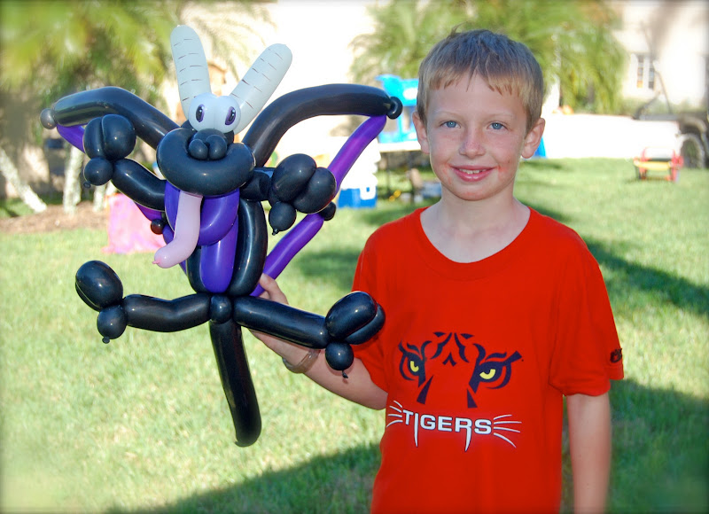Balloon Art and Entertainment title=