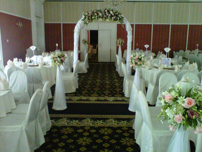 Nicky shabli wedding decor kuching sarawak chinese wedding chinese wedding decoration junglespirit Choice Image
