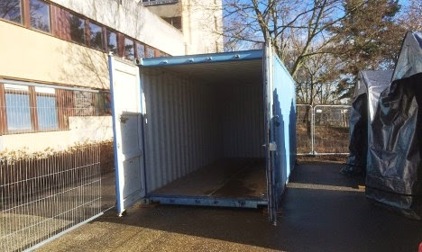 Europa hoy los estudiantes suecos son obligados a tener que vivir en contenedores de acero por - Vivir en un contenedor ...