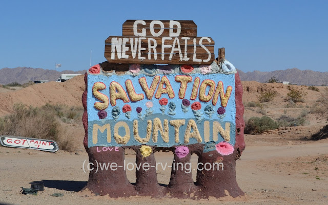 The sign cannot be missed as we approach Slab City.