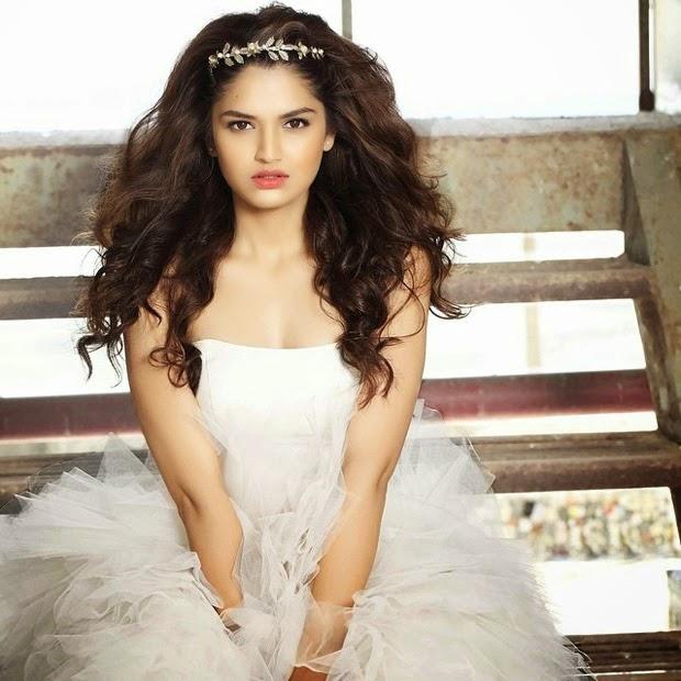 Bollywood Actress Tara Alisha Latest Crazy Spicy Photo Shoot Photos