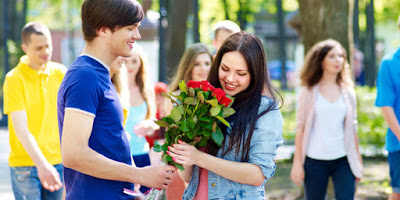 Alasan Kenapa Cinta Pertama Sulit Dilupakan