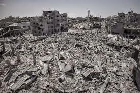 Israel demolió 73 mezquitas, destruyó parcialmente 205 y redujo viviendas a escombros en Gaza.