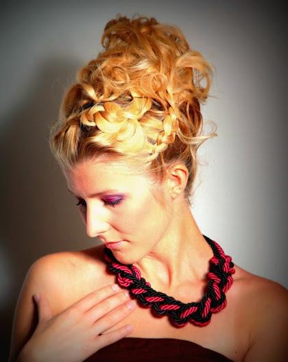 fryzura ślubna 45