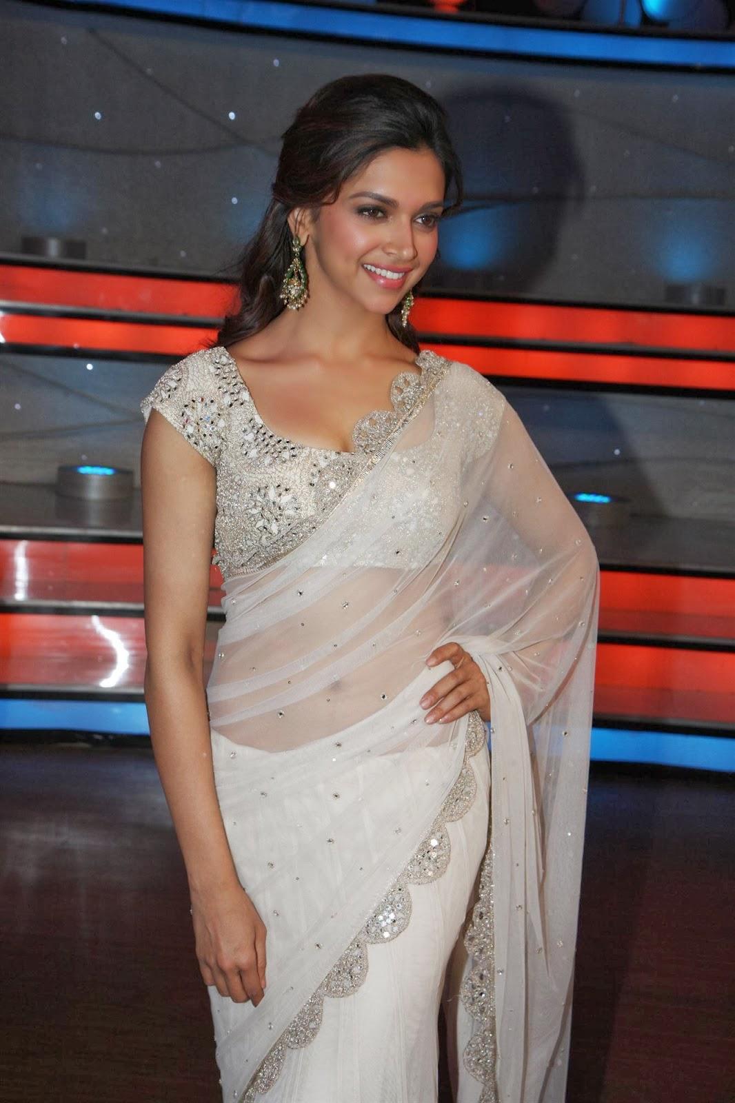 Deepika Padukone Hot Saree Stills Padukonehotimage