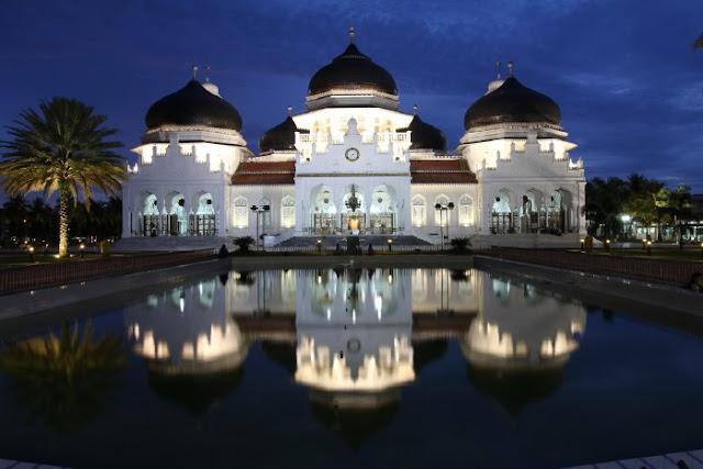 Di Aceh, Syariat Islam Tak Menjadi Penghalang Kemajuan Sebuah Daerah