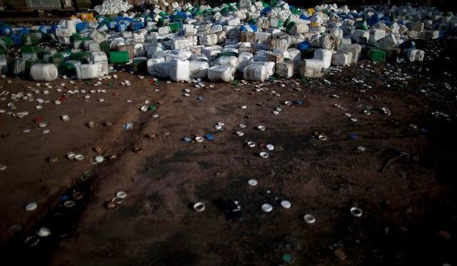 Μονσάντο: Η πολυεθνική που «σπέρνει» τη φρίκη (ΦΩΤΟ)