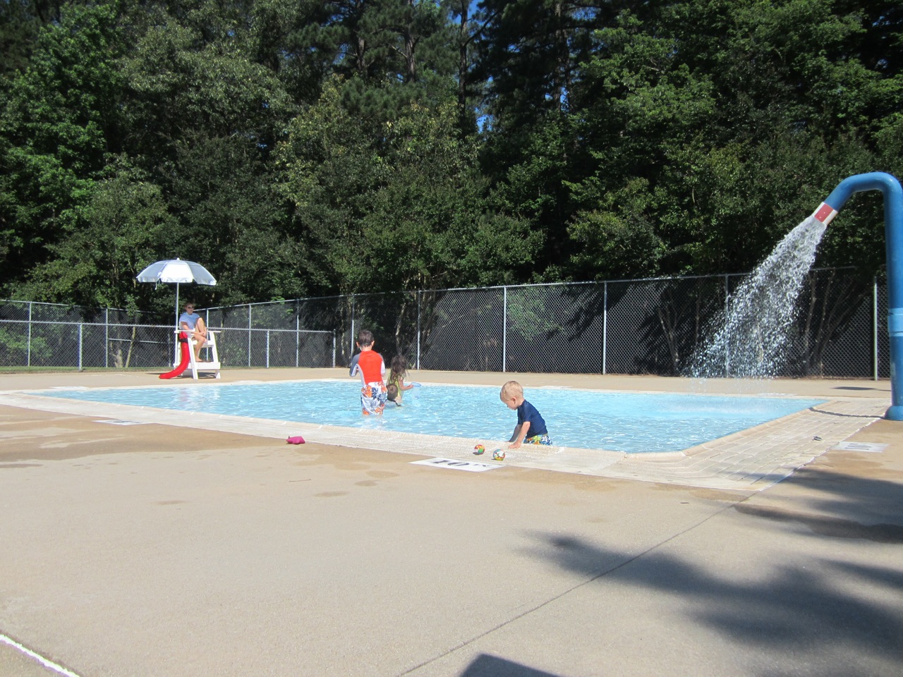 The stir crazy moms 39 guide to durham lake johnson pool and sprayground for Reservoir swimming pool opening hours
