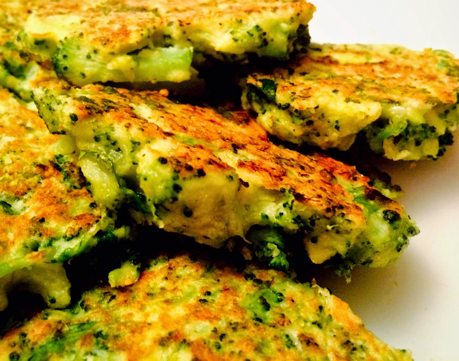 Crispy Broccoli Feta Cheese Fritters