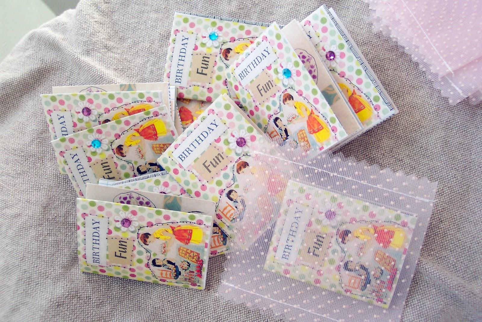 http://4.bp.blogspot.com/-dQNSxjLK3uk/TpmUKaoIqMI/AAAAAAAACGo/k9JR2nmE1F4/s1600/birthday+books.jpg