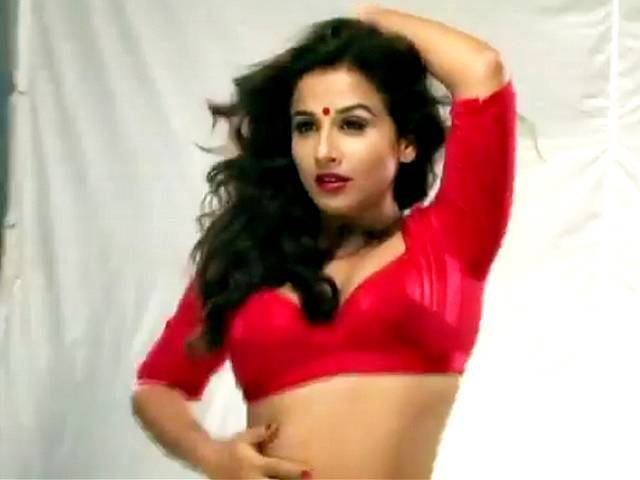 vidya balan spicy from movie dirty picture unseen pics