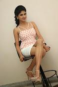 naveena latest glam pics-thumbnail-9