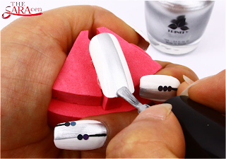 CHIC Nail Art, white, Silver with black line
