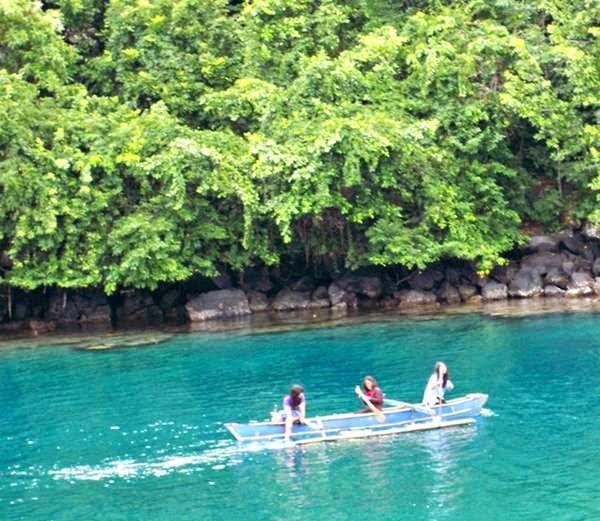 Keseruan Dan Keindahan Pantai Sulamadaha Ternate