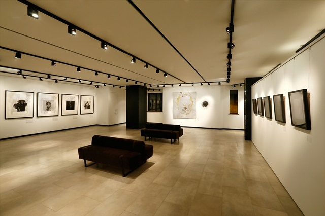 "Bottega Veneta opens ""Facing Faces"" exhibition in Shanghai"