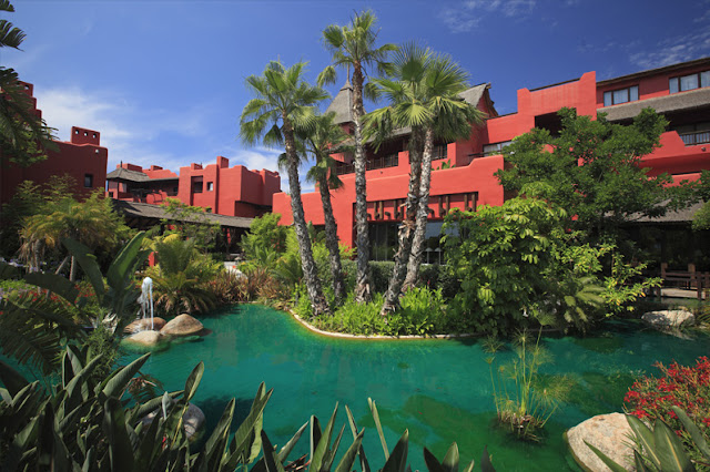 Sin entrar en tu casa julio 2012 - Hotel benidorm asia garden ...