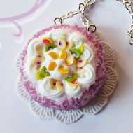 Cream and fruit cake necklace