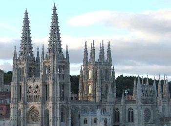 Scuolatest verifica arte su gotico e romanico for Burgo milano