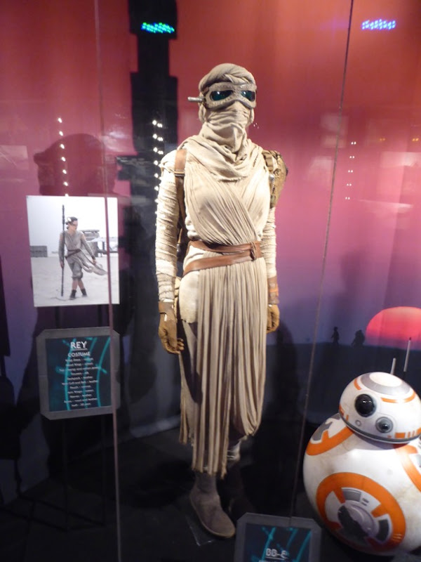 Rey movie costume Star Wars Force Awakens