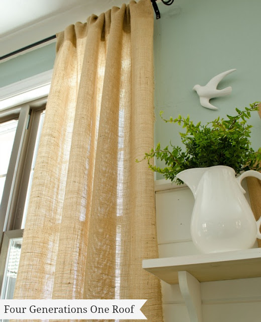 10 Great Decorating Ideas using Burlap