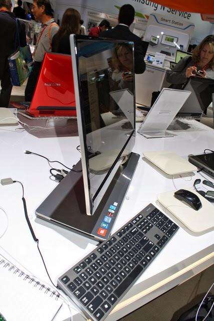 Samsung 900 A7A на выставке