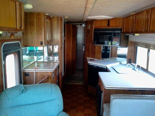 Used Rvs 1989 Grand Villa Foretravel Motorhome For Sale By