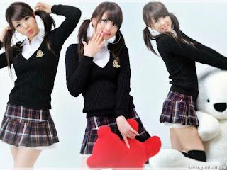 Siswa remaja Jepang I Alasan Rok Seragam Jepang Pendek