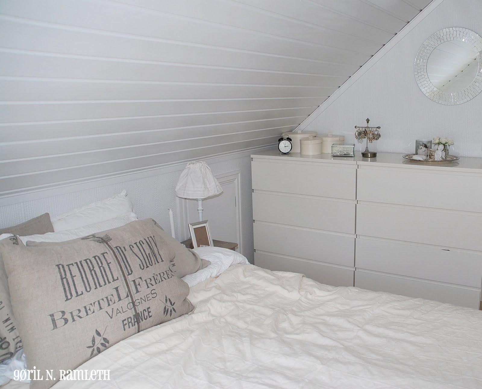 Strikking i mitt hvite hjem permisjons prosjekt dag 1 for Kommode 2 m lang